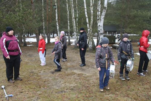 Cottbuser Musikspatzen zwitschern im Wald 001