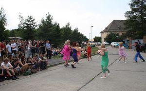 2011-06-15 Straßentheater beim Unifest 20