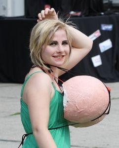2011-06-15 Straßentheater beim Unifest 65